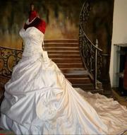 Продаю новое свадебное платье европейского качества!!!